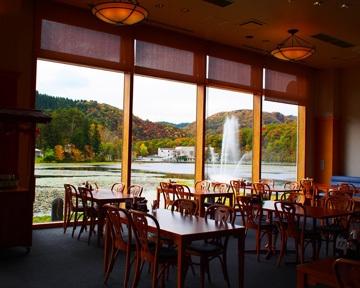 レストラン 湖水