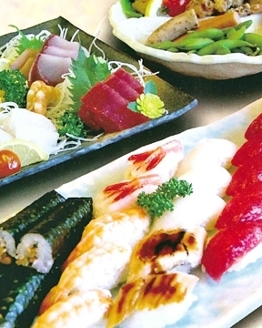 利寿司 image