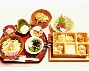 亀井鮨 image