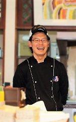オーナーシェフ 樋口 雄史(ひぐち ゆうじ)