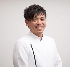 シェフ 山本 健一(やまもと けんいち)