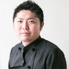 オーナーシェフ 山田 昇(やまだ のぼる)