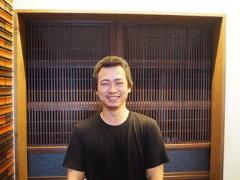 店長 東川 善和(ひがしかわ よしかず)
