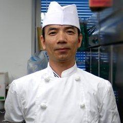 総料理長 林 峰(はやし そうりょうりちょう)