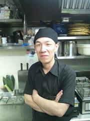 代表料理長 川東 真和(かわひがし まさかず)