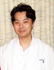 料理長・社長取締役 篠原和彦