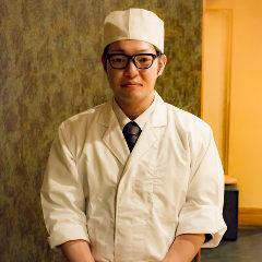 料理長 吉田 孝弘(よしだ たかひろ)
