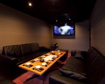 Dining Bar NICOLASE 【ダイニングバー ニコラス】