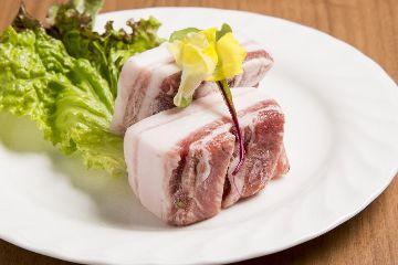 豚焼肉×しゃぶしゃぶ BUTA MAJIN 〜ぶたまじん〜 池袋店