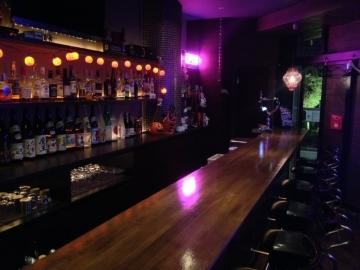 Cafe&Bar レッドストリング