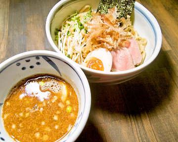 つけ麺・ラーメン TSURU‐MOCHI(つるもち)