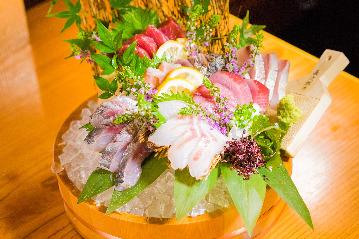 漁師の花料理 博多華吉