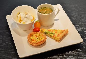 cafe&snake 東京スネークセンター