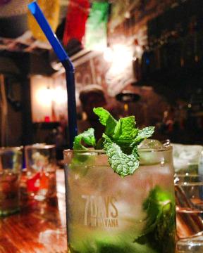 Latin Bar Sonrisa