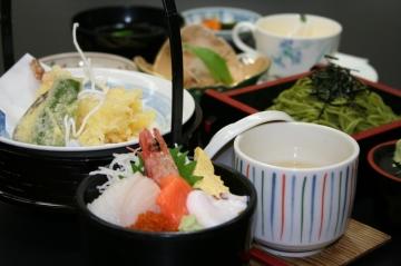 山花温泉リフレ レストランはなしのぶ