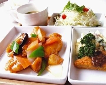 七彩キッチン