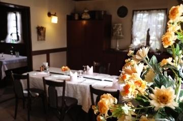 欧風レストラン 西洋葡萄