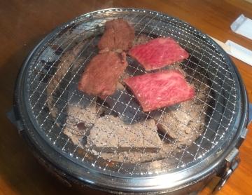 炭火焼肉 真