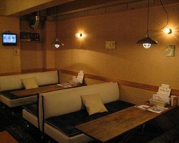 DiningBarSheltercafe