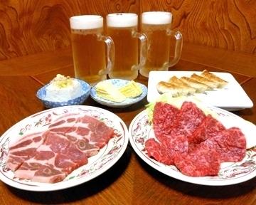 焼肉・円盤餃子・ひたち