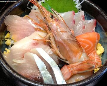 山陰日本海「漁師小屋」
