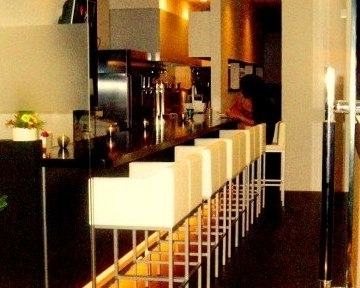 cafe&bar SHELTERのURL1