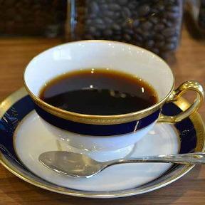 コーヒー&ワインダイニング ヴィ・マエストロ