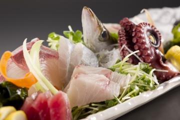 魚太郎 蔵のまち