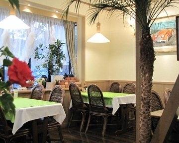 カフェレストラン カプチノ