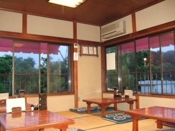 きむら磯料理・江の島