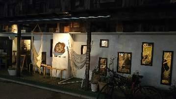Hammock cafe + gallery mahikamano