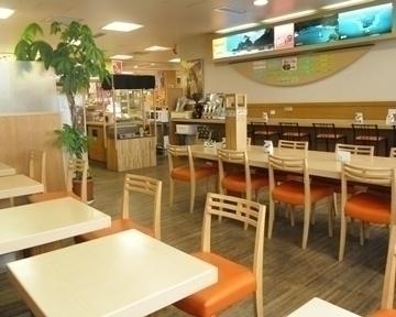 高知空港 カフェ鯨の庭