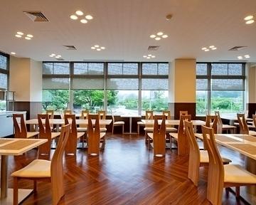 レストラン 春夏秋冬 image