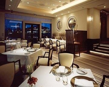 レストラン ル・クール神戸 ホテル ラ・スイート神戸