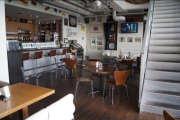 Cafe&Bar AIRSTREAM Cafe