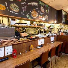 ワイン食堂 ハレノヒテーブル