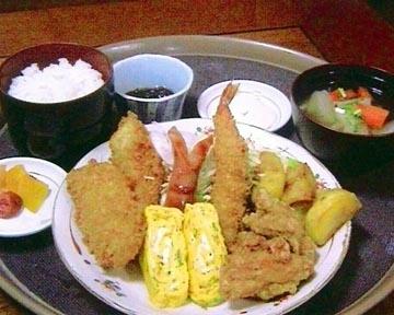沖縄料理 中華 ぶんぶん亭