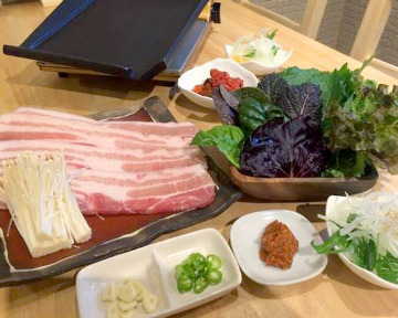 サムギョプサルと鍋y.s.s.