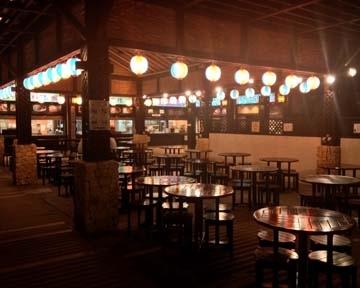 琉球の風 アイランドマーケット 屋台村