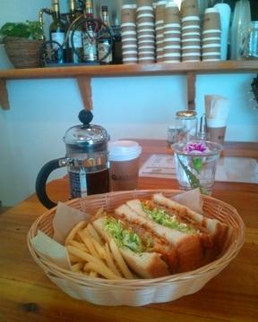 cafe&bar 銀山ベース