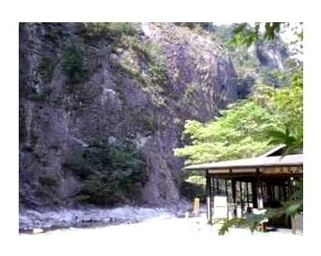渓泉亭 面河茶屋