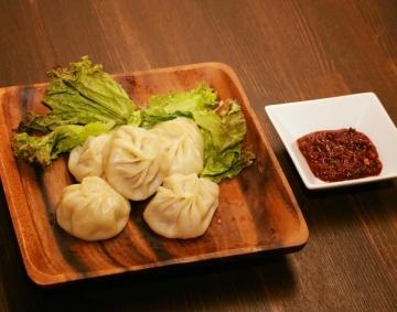Tibet kitchen bar Mother Land 心斎橋